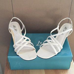 Lifestride Sundance white sandals heels 8 1/2
